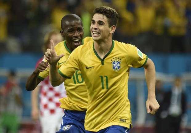 Oscar, Paulinho & how the Premier League stars performed in Brazil - Croatia clash