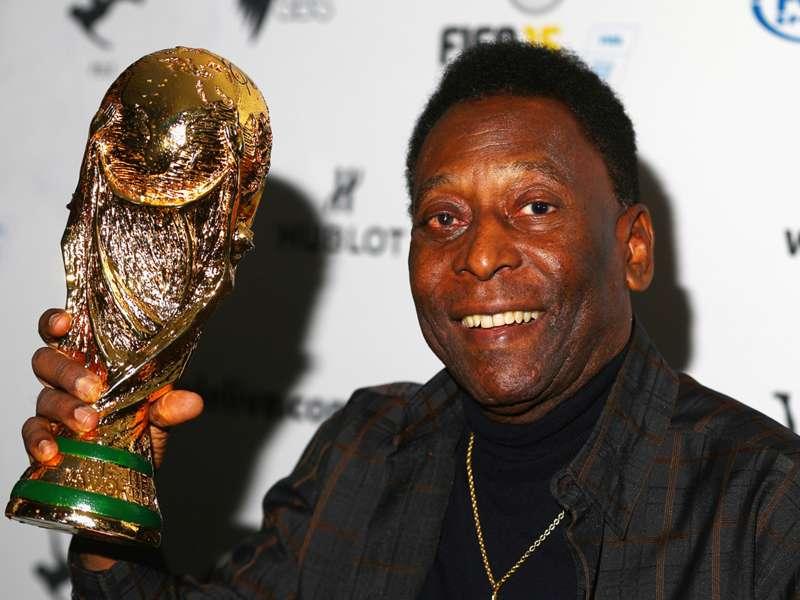 "Pelé: ""É impossível Neymar me substituir"""