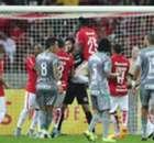 Números e pranchetas para Internacional 0 x 1 Palmeiras