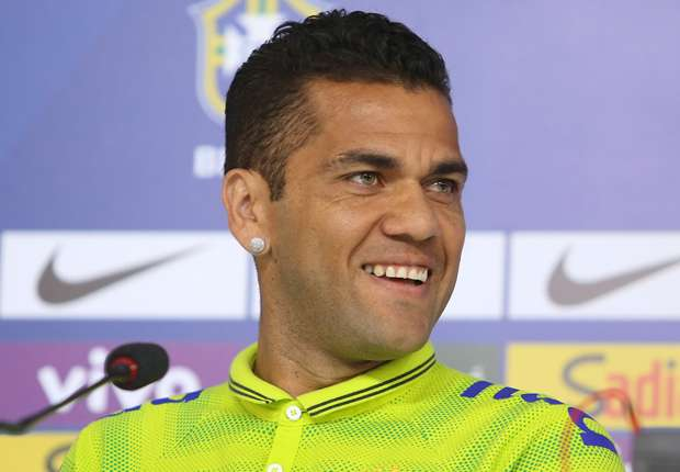 Dani Alves: Spain are World Cup favourites
