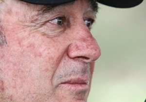 Emocionado, Levir Culpi deixou o Atlético-MG nesta quinta-feira, após fazer um grande trabalho no Galo. No entanto, a vida segue, e o Alvinegro corre atrás de um novo treinador. Confira as opções que estão sendo estudadas pela diretoria alvinegra