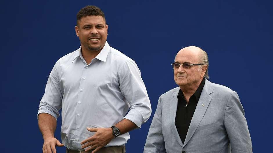 Ronaldo Nazario Sepp Blatter 07072014