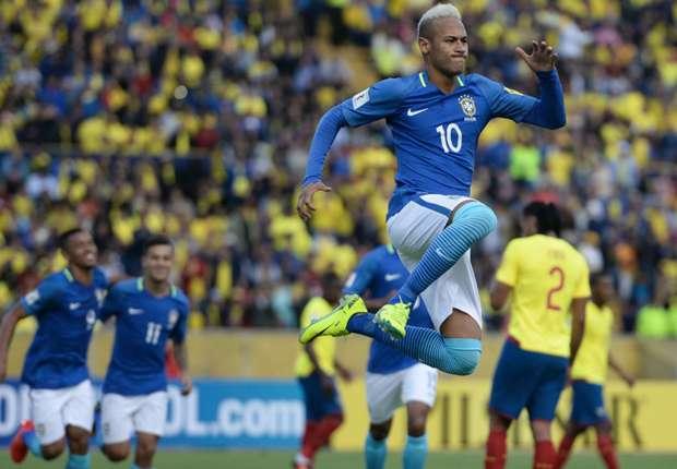 Neymar comemora - Equador x Brasil 0109