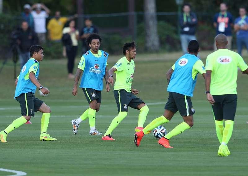 Seleção Brasileira volta a treinar na Granja Comary