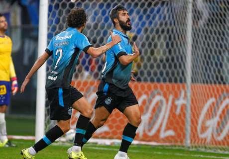 Brasile, Douglas fa pipì in campo