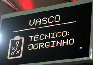 Durante a semana, Jorginho renovou o contrato com o Vasco até 2017. Relembre os 17 momentos mais marcantes desta excelente parceria com o Gigante da Colina!