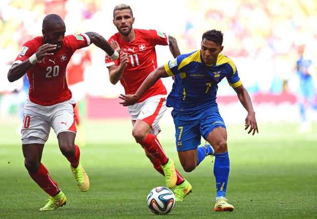 Swiss menumbangkan Ekuador di laga perdana Piala Dunia 2014.