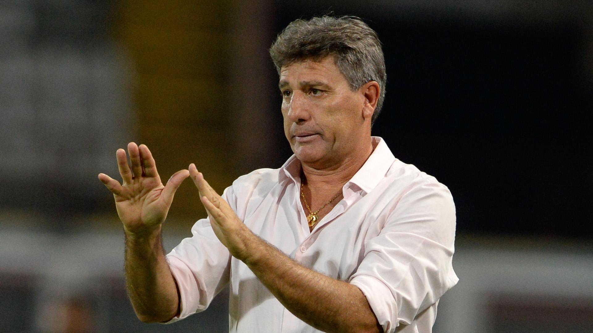 Grêmio derrota Flamengo no Rio e toma 2º lugar — Campeonato Brasileiro
