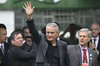 It's time to give strength to the Chapecoense families - Tite