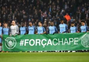 Antes dos jogos realizados nesta terça(06), os heróis campeões da Copa Sul-Americana foram lembrados na maior competições de clubes da Europa