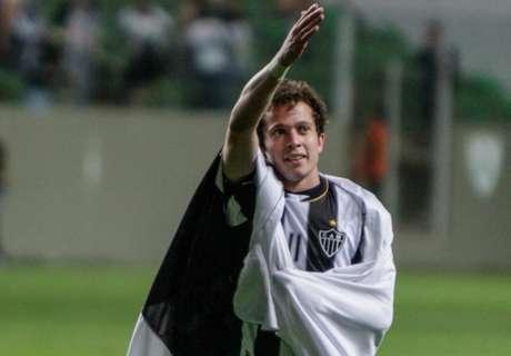 Fla e Palmeiras sondam Bernard