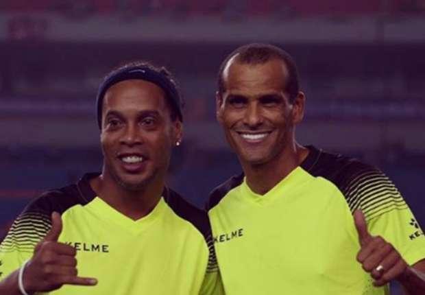 ¿Cuánto mide Ronaldinho? - Altura - Real height Ronaldinho-gaucho-rivaldo_101u0nnlmumva1kko8voewbhur