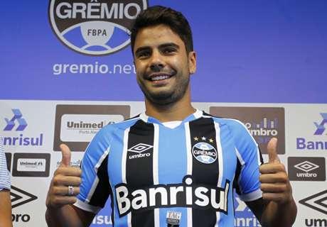 Henrique é apresentado no Grêmio