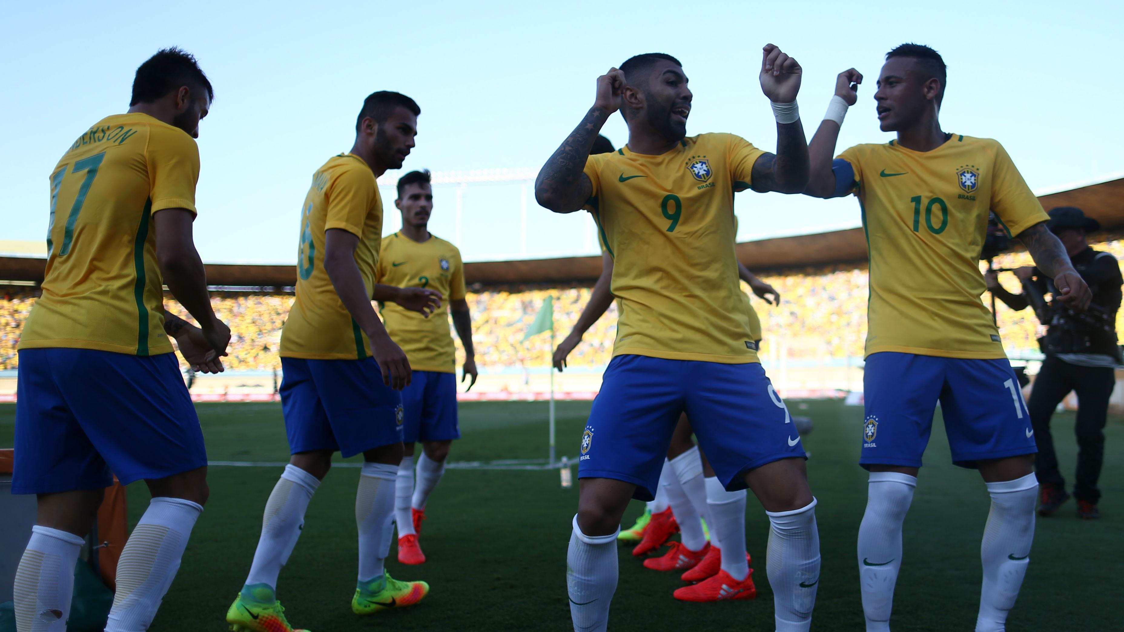 O ponta pé inicial: Brasil pronto para a estreia no Rio16