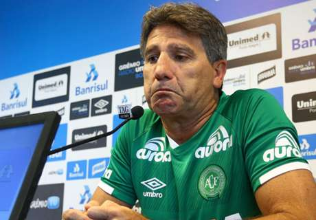 Vestido de Chape, Renato vai às lágrimas