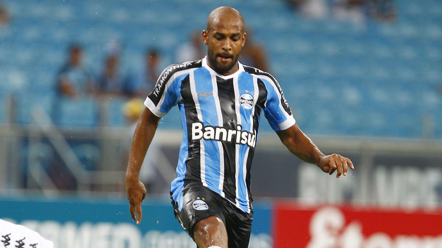 Corinthians negocia a contratação do volante Fellipe Bastos — Mercado da bola
