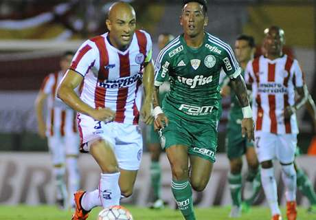 Palmeiras va por el milagro