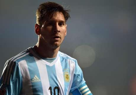 Messi encontra Lloyd nos EUA