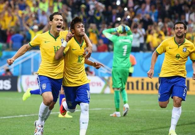 Neymar celebrates second goal Brazil Croatia 2014 World Cup Group A 06122014