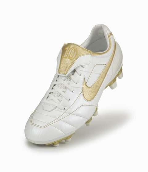 Nike Tiempo 2004