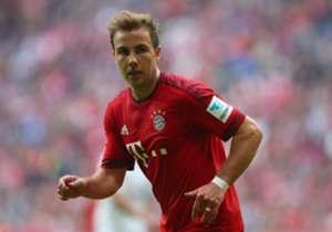 Bayern Munich menampilkan jersey anyar mereka pada akhir pekan lalu kala mengangkat trofi juara. Inilah detail dari jersey kandang terbaru Bayern untuk musim 2015/16.