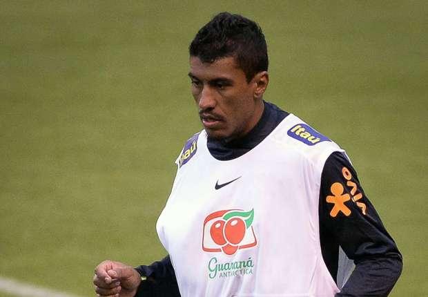 Primeiro treino de Tite na Seleção Brasileira tem desfalques e Paulinho titular