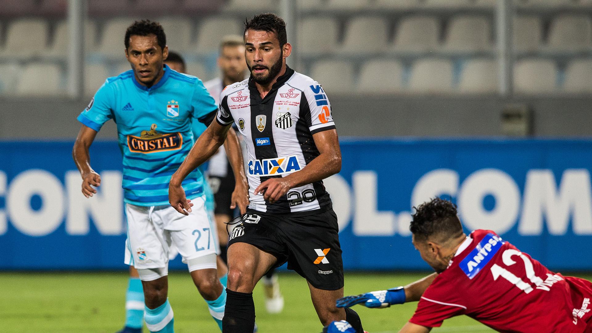 Caju tem negociações avançadas com o Lille e deve deixar o Santos