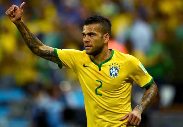 No offers for Dani Alves, says Barcelona director