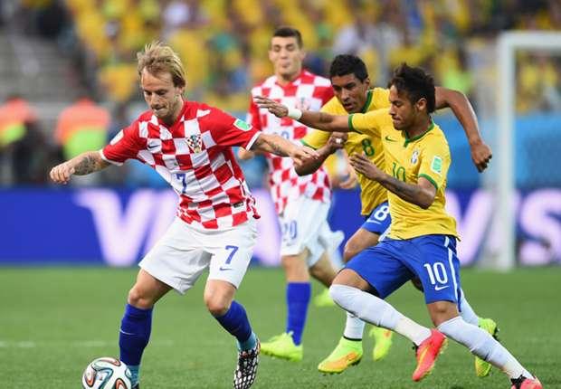 Neymar fue la estrella de Brasil
