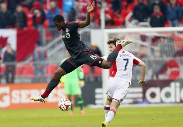 Doneil Henry, Patrick Mullins, Toronto FC, New England Revolution, MLS, 05022014