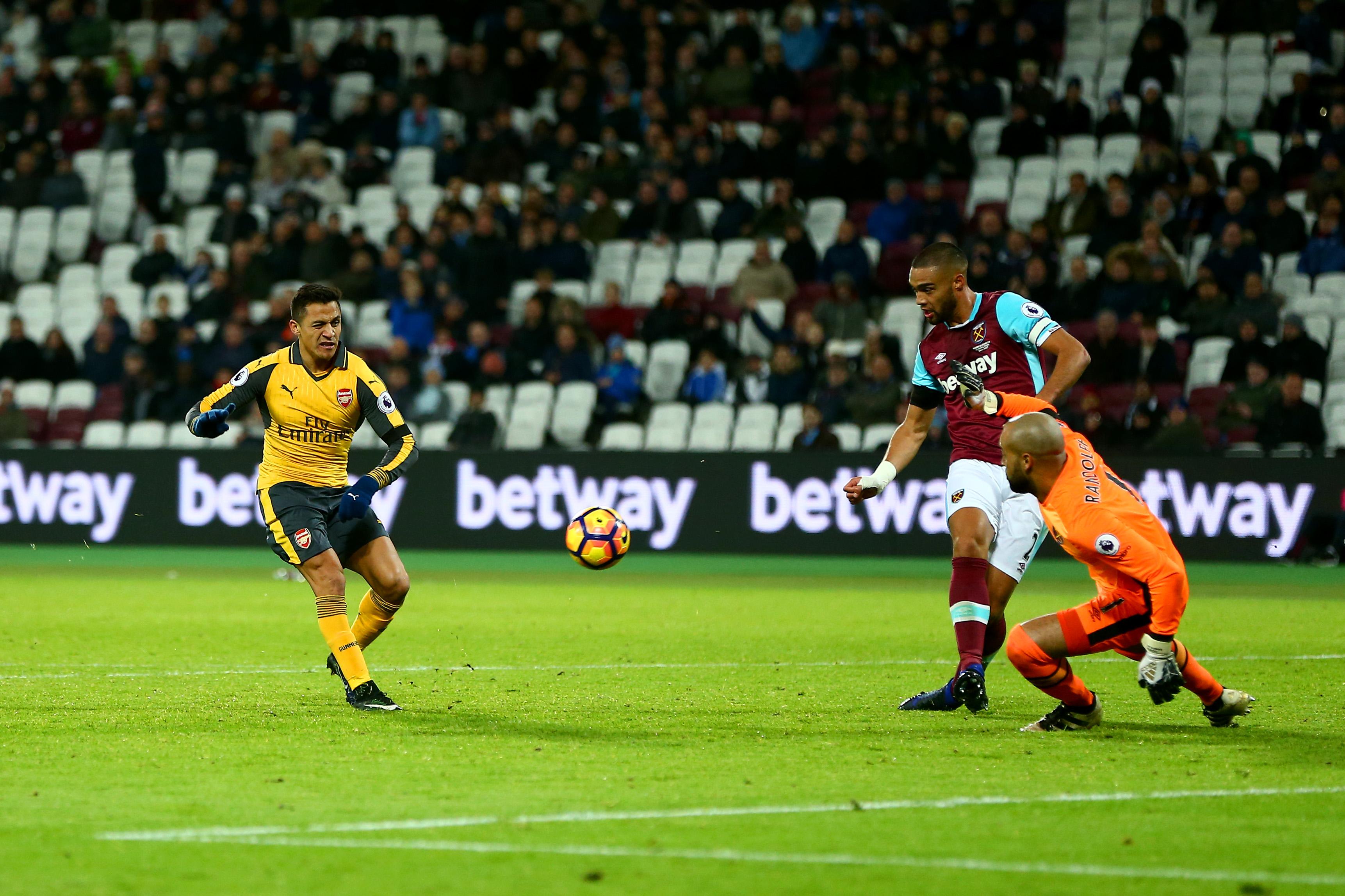 Alexis Sánchez tuvo su partido inolvidable en el Arsenal