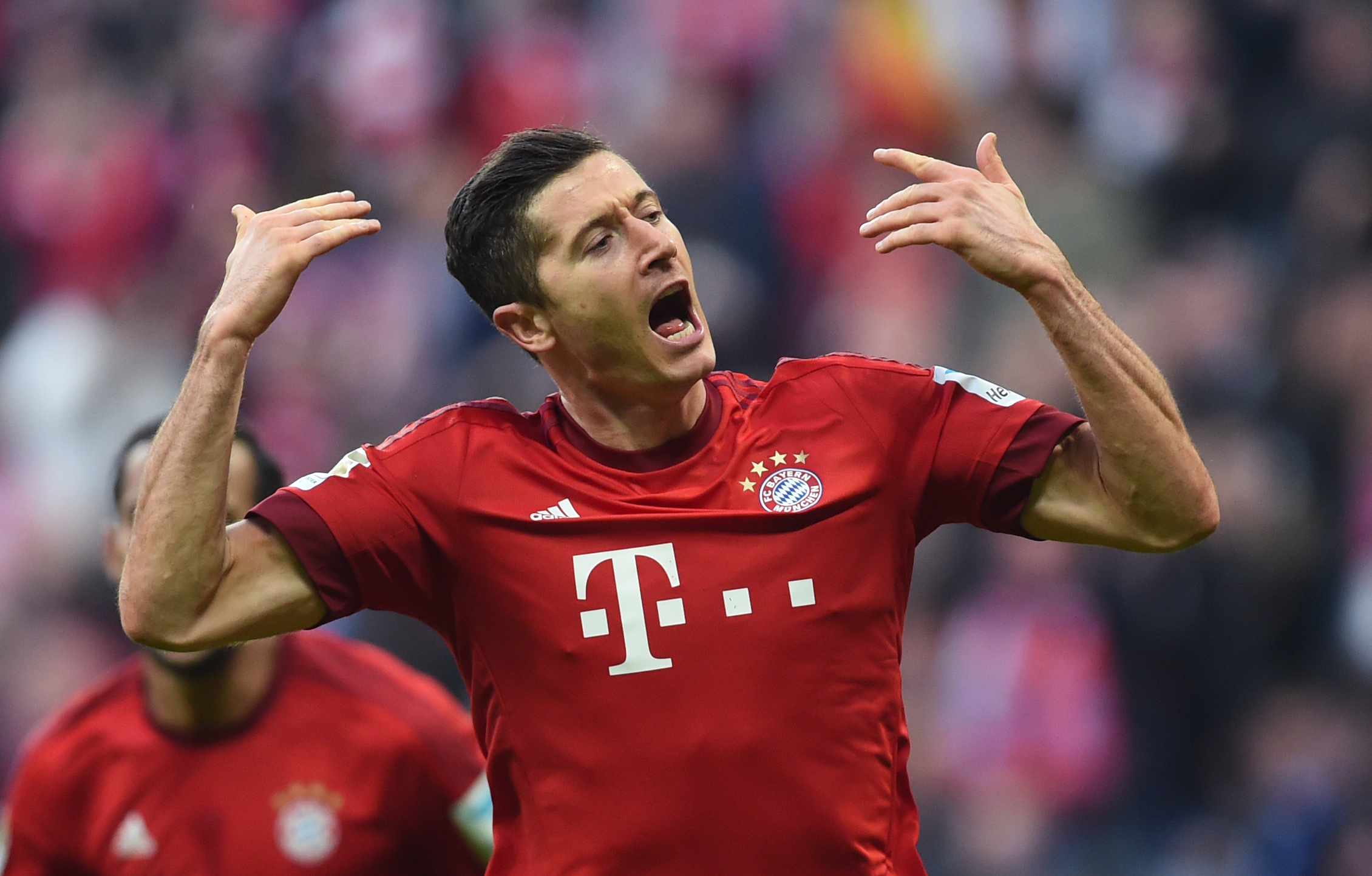 Video: Bayern Munich vs Schalke 04