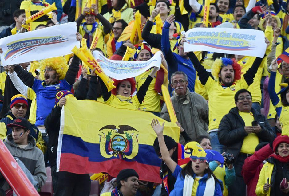 hinchas Chile - Ecuador