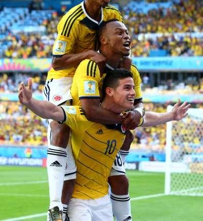El centrocampista colombiano James Rodríguez cuajó un soberbio partido frente a Grecia