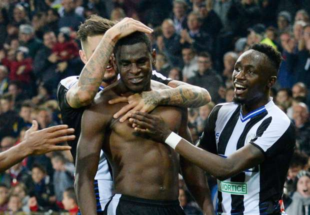Video udinese torino 2 2 goal e highlights for Divano zapata