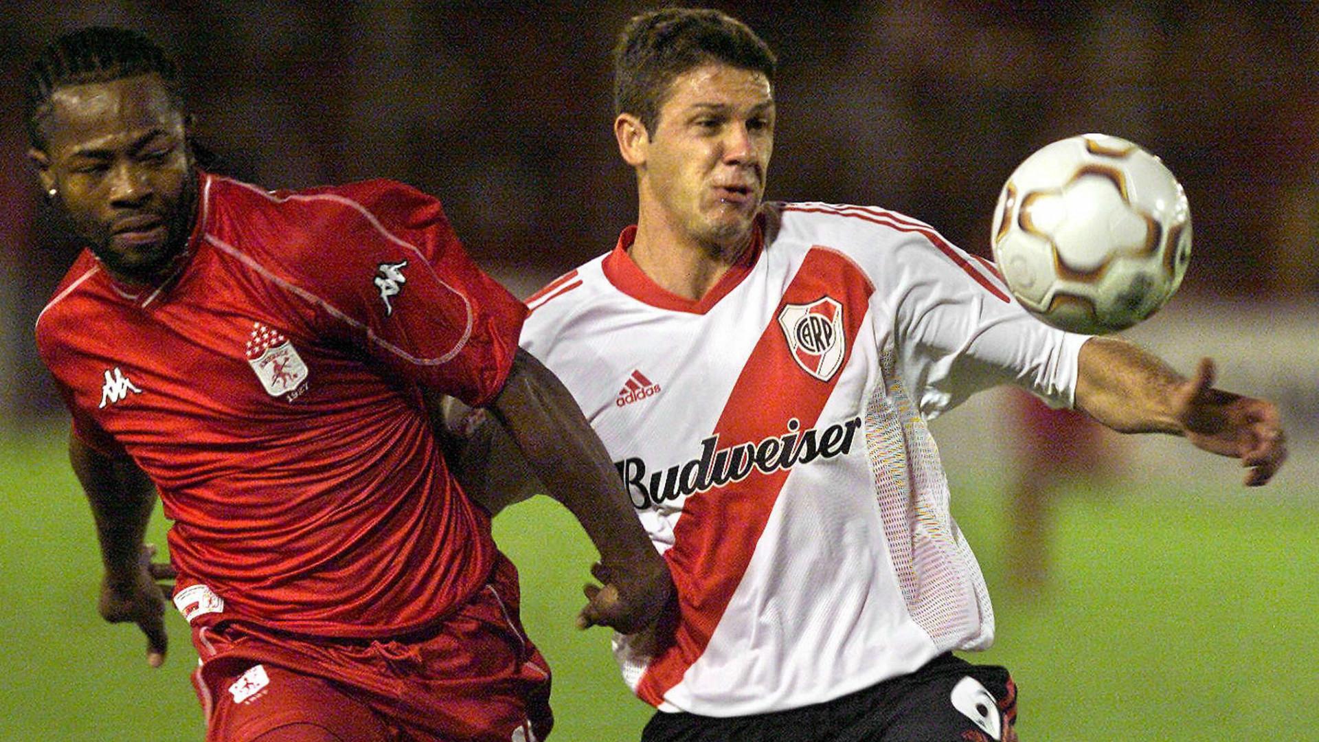 Jairo Castillo América vs River 2003