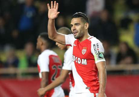 Falcao loodst Monaco langs Bordeaux