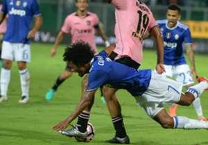 Juan Guillermo Cuadrado | Jugó su primer partido de la temporada con Juventus ante Palermo, ingresó al 31' por Rugani, se mostró muy activo en ataque y aplicado en defensa.