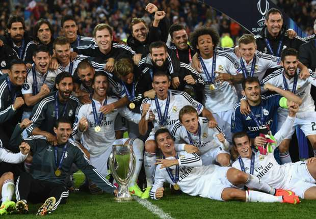 Susana Guasch: Peloteros en el Santiago Bernabéu…¡y qué banquillo!