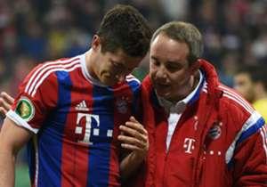 Robert Lewandowski zog sich am Dienstag gegen Dortmund Gesichtsverletzungen zu