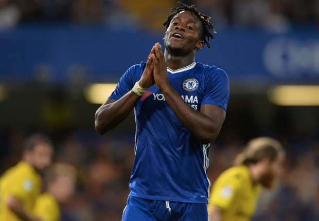 RUMOURS: Batshuayi does not want to be involved in Llorente swap deal
