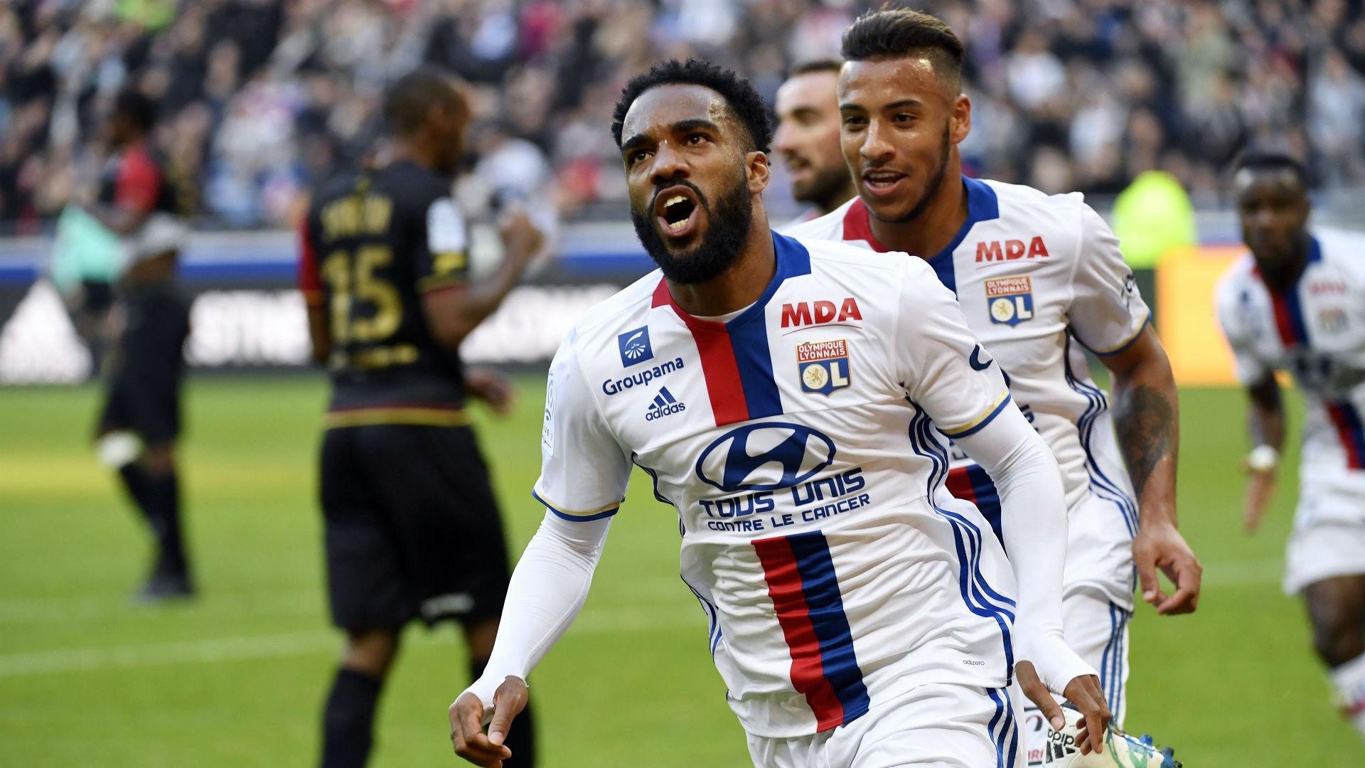 Alexandre Lacazette Corentin Tolisso Lyon Guingamp Ligue 1