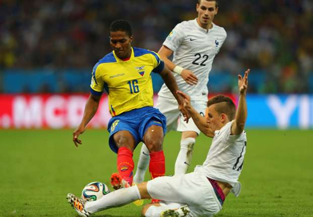 Sah die Rote Karte gegen Frankreich: Antonio Valencia