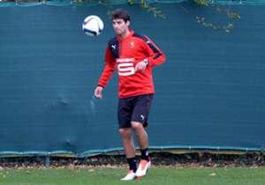 Retenu pour Rennes-Angers dans le cadre de la 26e journée de L1, Yoann Gourcuff pourrait connaître sa première titularisation cette saison avec Rennes. Son retour sera-t-il une réussite ou un échec ?