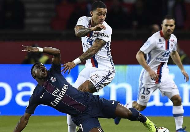 Après sa défaite à Paris, l'OL n'a plus qu'une option pour sauver sa saison
