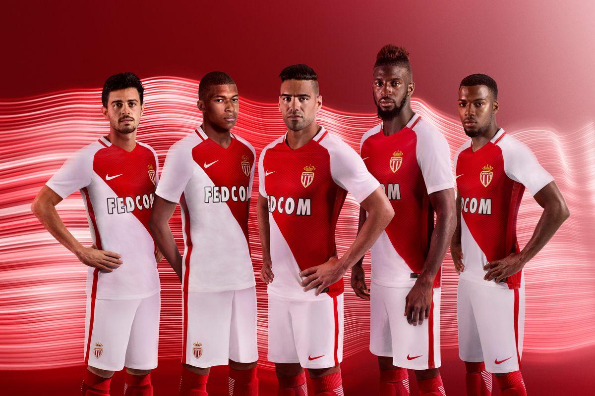 Foot - Amical - Amical : Monaco chute contre Lucerne