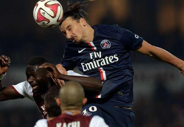 Metz 2-3 PSG: Lavezzi's late winner sends champions top