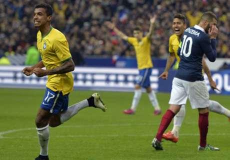 Luiz Gustavo targets Bundesliga return