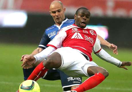 OFF - Oniangue rejoint Wolverhampton