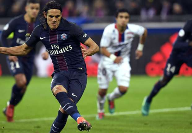 Lyon 1-2 PSG: Cavani double takes champions to within a point of Nice